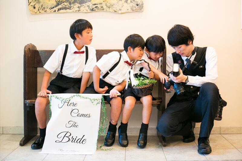 子供達もステキな写真に興味津々
